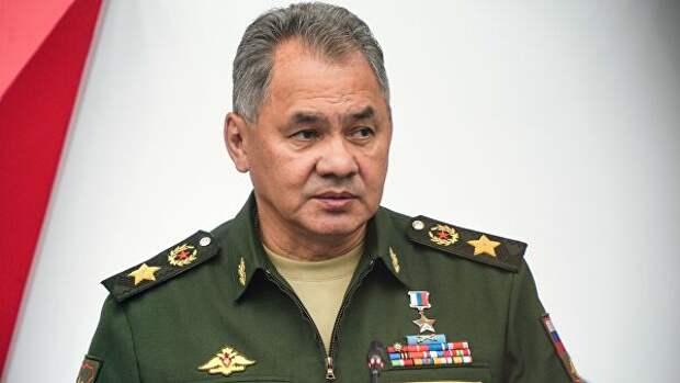 Шойгу потребовал ускорить постановку россиян на воинский учёт