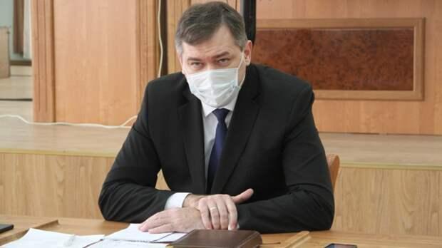 Глава Новочеркасска раскритиковал уборку городских улиц.