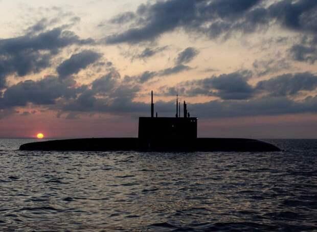 """Эксперты Sina раскрыли причины страха НАТО перед российскими подлодками """"Варшавянка"""""""