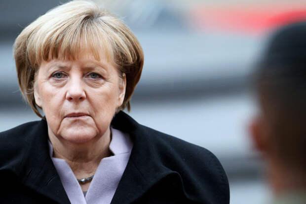 Немцы пытались взять штурмом Рейстаг, требуя отставки Ангелы Меркель