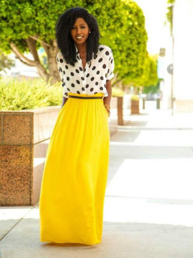 Длинные яркие юбки.