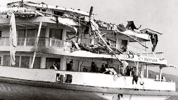 Смертельный круиз: крушение советского «Титаника»