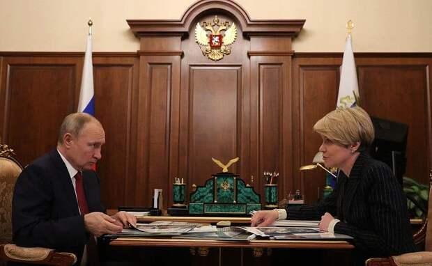 Елена Шмелева предложила сделать программу капремонта школ комплексной
