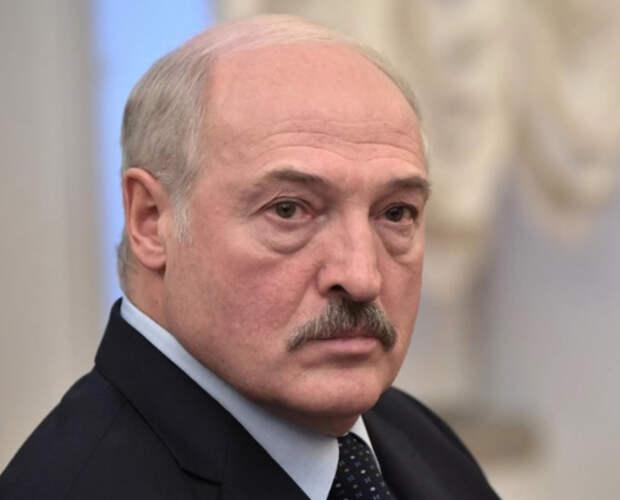 «Шалость» Лукашенко с посадкой Ryanair и захватом пассажиров обойдется стране в миллиарды евро