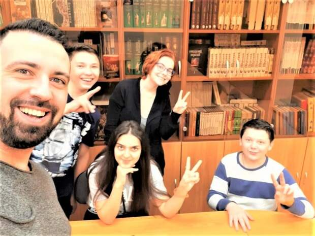 Семейный центр на Зеленоградской пригласил волонтеров на виртуальную эстафету