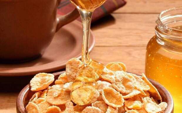 Продукты, которые противопоказано есть на завтрак