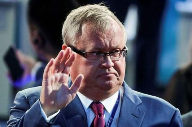 CEO of Russia's VTB bank Andrey Kostin attends a session of the Eastern Economic Forum in Vladivostok, Russia September 12, 2018. Mikhail Metzel/TASS Host Photo Agency/Pool via REUTERS