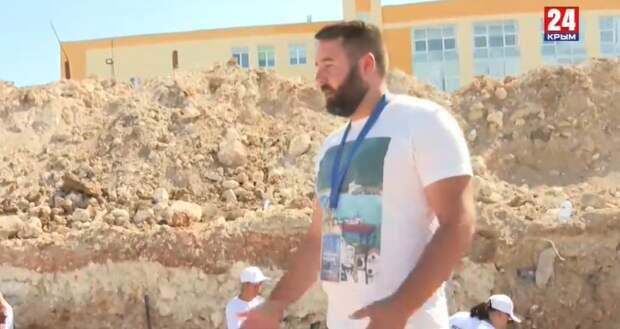 В Севастополе волонтёры исследуют древнегреческую дорогу