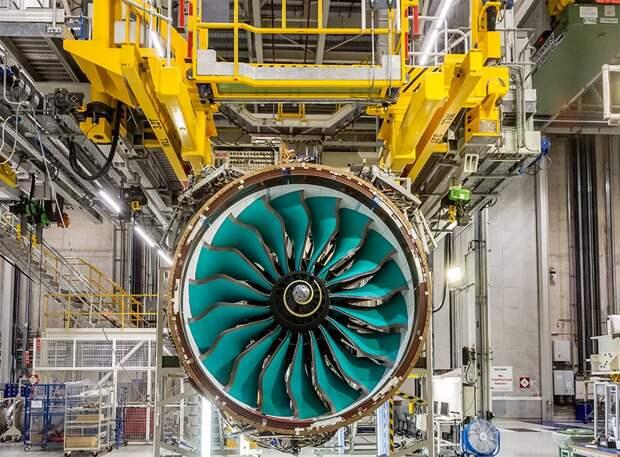 Rolls-Royce готов к сборке двигателя UltraFan