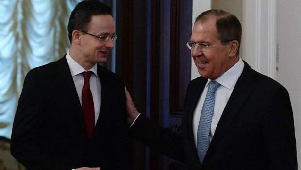 «Сели на шею Украине!» – Зе-эксперт набросился на «путинскую» Венгрию