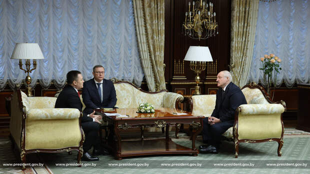 Лукашенко попросил Россию помочь в расследовании дела о геноциде белорусов в годы ВОВ