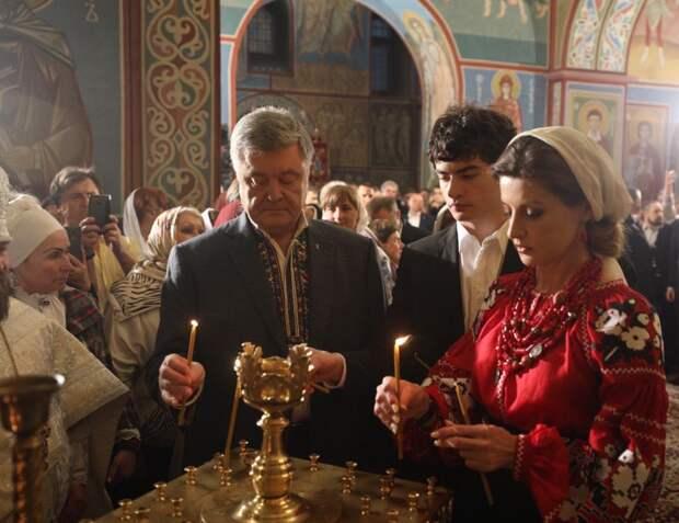 Обосравшись на выборах, Порошенко решил исправить ситуацию, но был высмеян