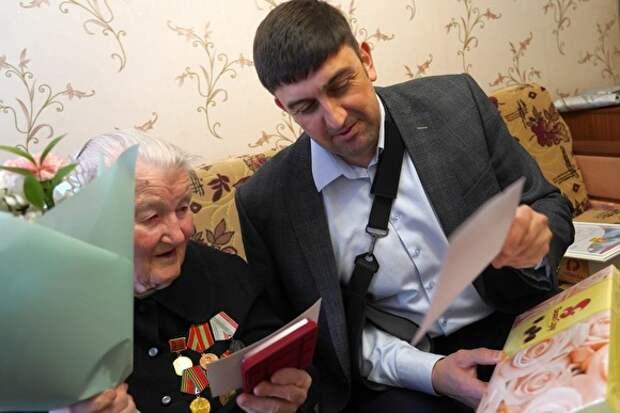 «План победы». В Златоусте пенсионеров обещают «не допустить» до выборов, если не пройдут праймериз ЕР