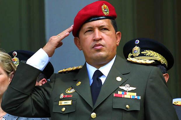 Президент Венесуэлы Уго Чавес во время церемонии в Каракасе