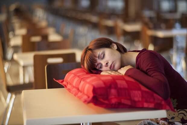 Недосып провоцирует полноту, бесплодие, онкологию и болезнь Альцгеймера