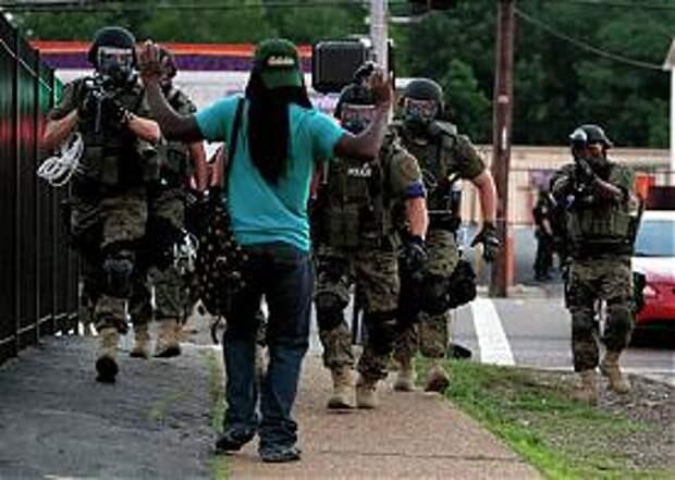 Фергюсон, Миссури, США, погромы, Майдан, бунт, полиция Фото: AP Photo