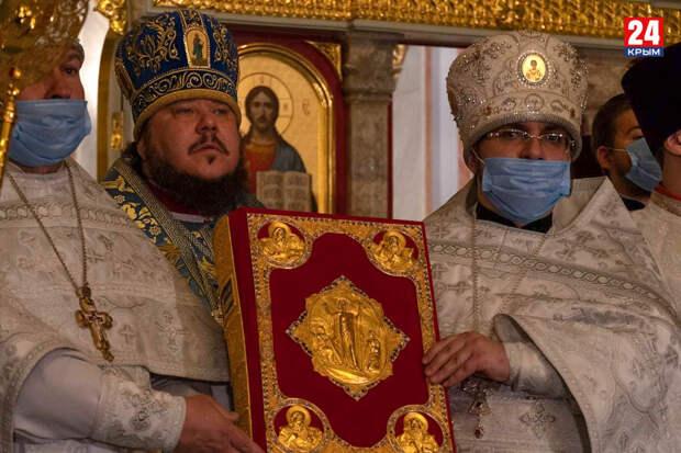 Как жители Крыма встретили Светлую Пасху. ФОТОРЕПОРТАЖ