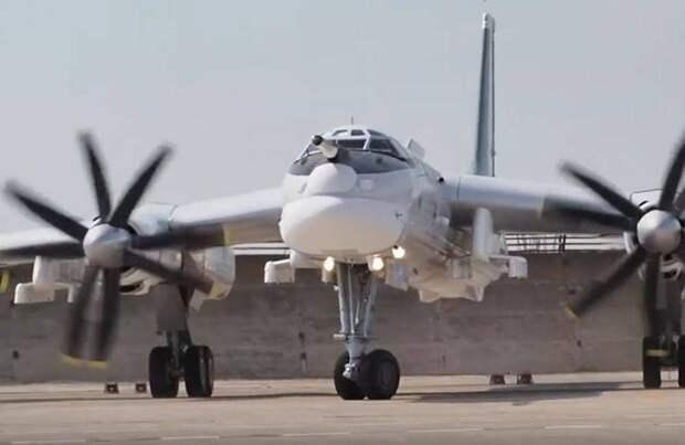 Новейшая версия бомбардировщика Ту-95МСМ совершила дебютный полет