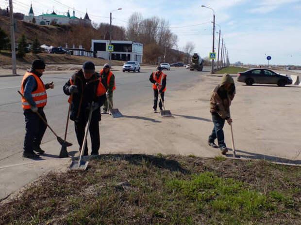 Влажная уборка дорог проводится вНижегородском районе