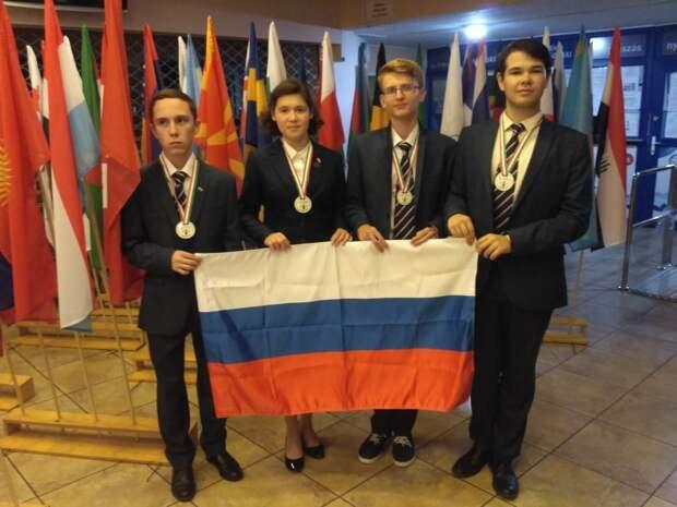 Школьник из Ижевска завоевал «серебро» на международной олимпиаде по биологии