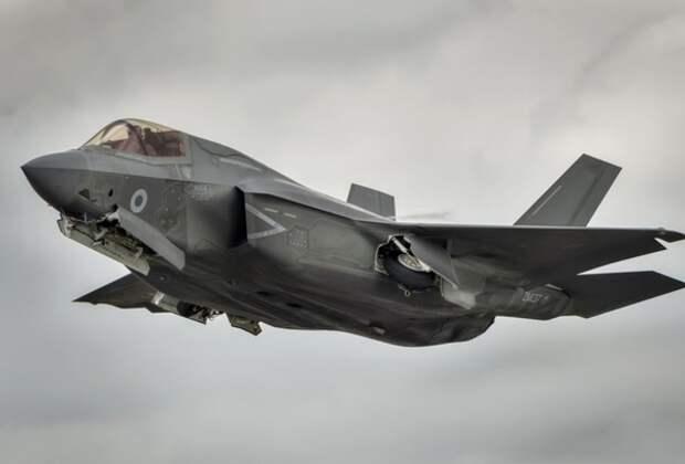 В США заявили, что самолеты НАТО долго не продержатся против российских ПВО