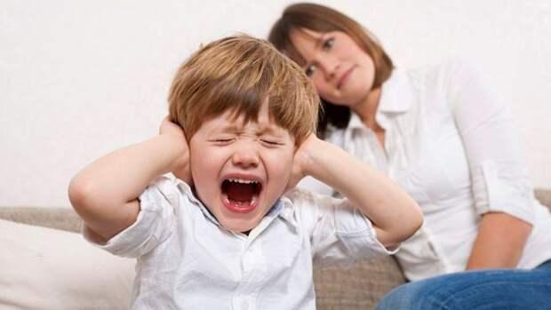 Почему ребенок не слушается, и как это изменить