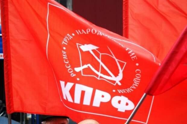 Севастопольские коммунисты «в числе», но не в авангарде