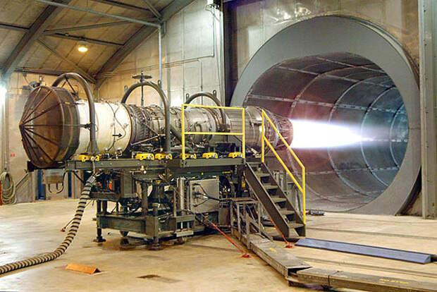 Физики в США бьют в колокола, пока Россия строит малый ядерный двигатель (Defense World)