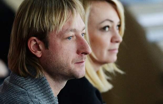 «Дойдем доГосдумы». Адвокат рассказал, что Плющенко иРудковская из-за слухов оболезни сына неспали всю ночь