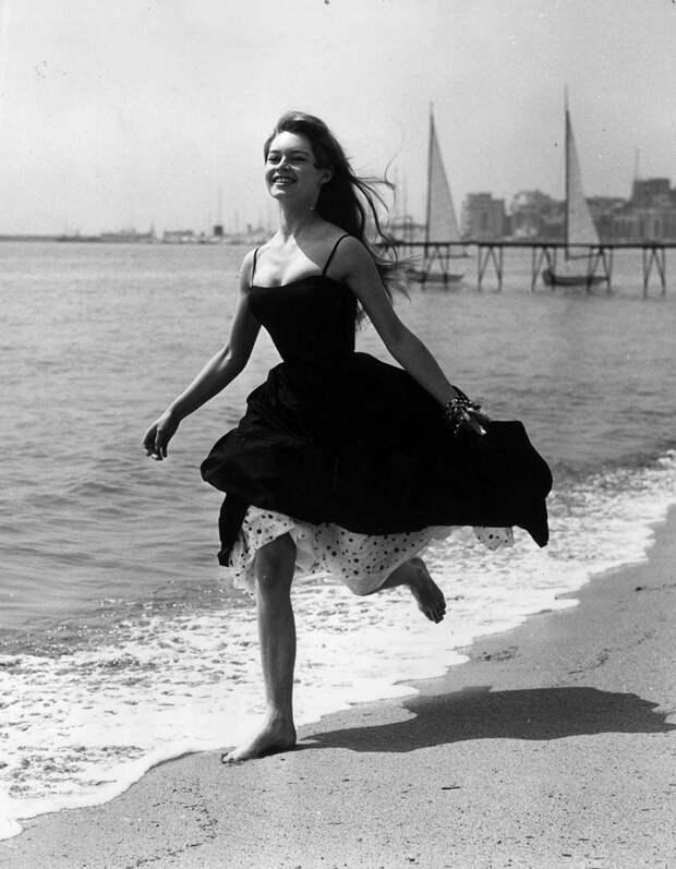 Бриджит Бордо, 1956 год.