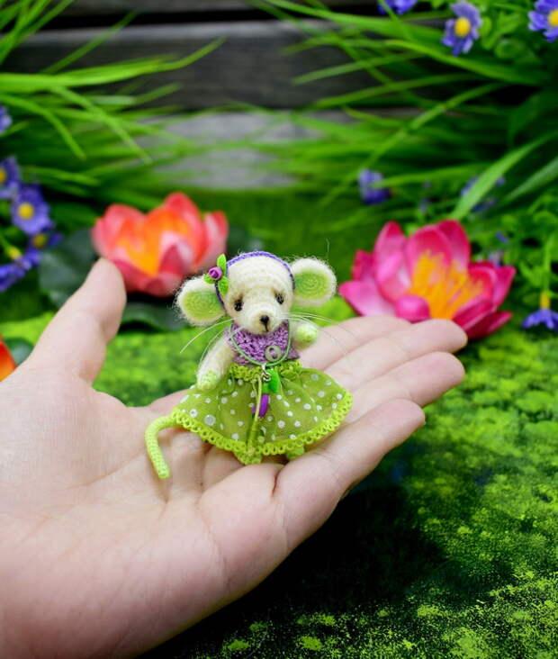Маленький мышонок амигуруми. Вязание крючком