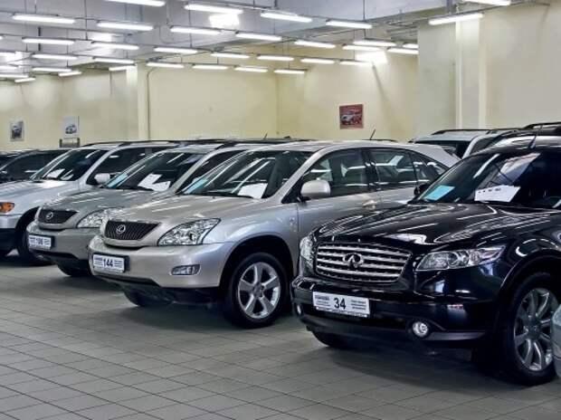 Опрос ЗР: На новые авто люди предпочитают копить, а не одалживать