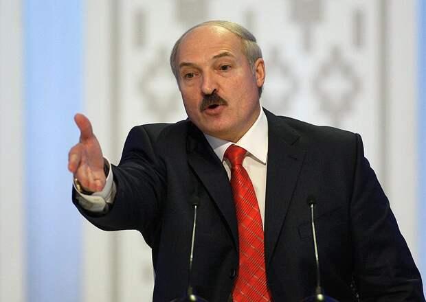 Белорусский президент рассказал, кто управляет Тихановской и оппозицией