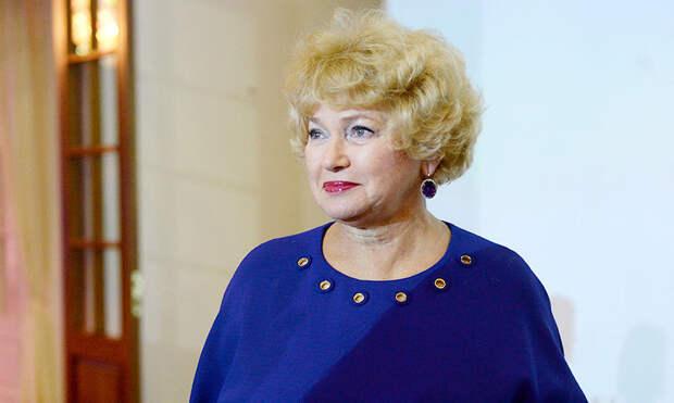 Людмила Нарусова: Собчак не оставил Ксюше газовой трубы, пусть идет в президенты