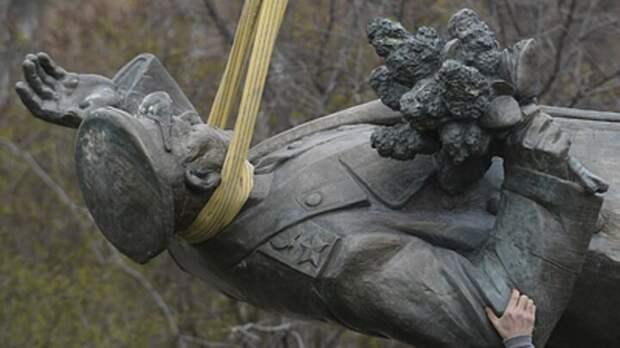 СК России заставит ответить власти Чехии за снос памятника маршалу Коневу