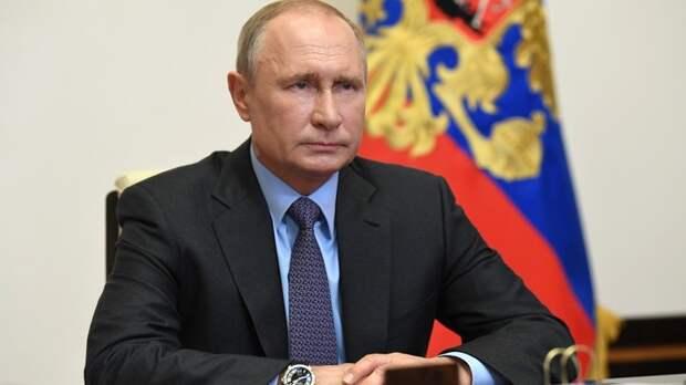 Путин за 40 минут испортил триумф Навальному и Волкову