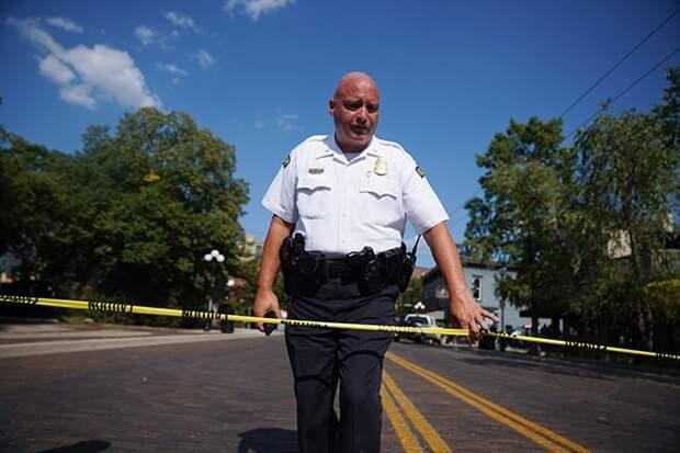Полицейский в США застрелил 16-летнюю афроамериканку