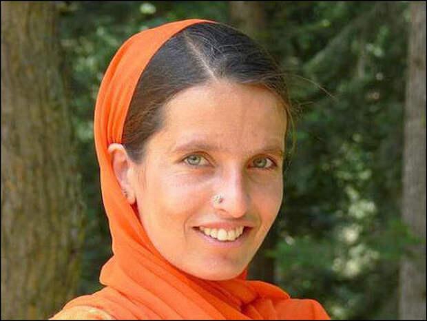 Женщина из Северной Индии высокой касты