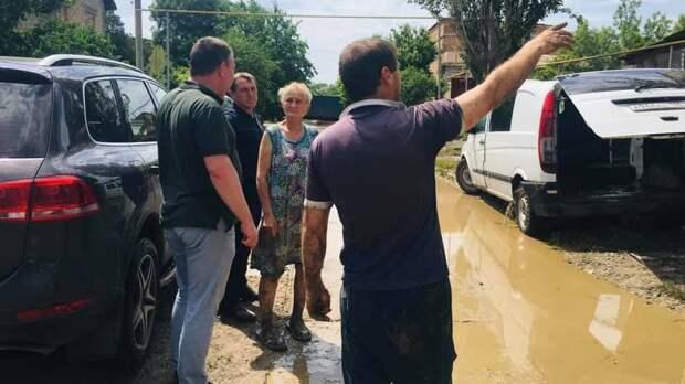 Рабочие группы фиксируют ущерб от подтопления в домах керчан