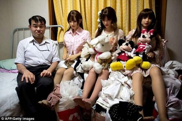 Японцы все чаще предпочитают резиновых женщин настоящим Секс-куклы, кукольная романтика, резиновая Зина, роман с силиконом, силиконовая возлюбленная, странные люди, япония, японцы
