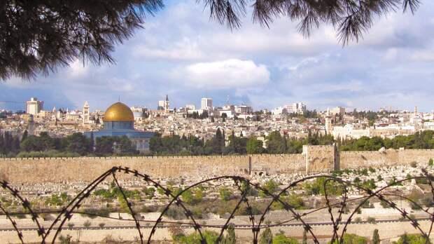 В Израиле снова вводят полный карантин