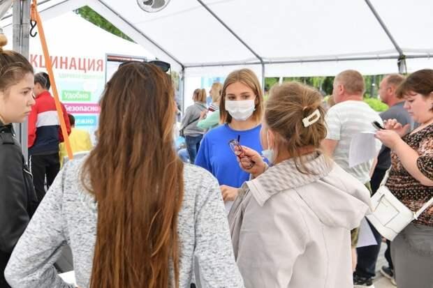 В поликлиниках Ижевска ждут помощи волонтеров в борьбе с коронавирусом