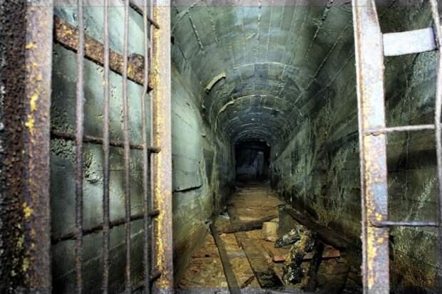 Секретный урановый рудник: сюда не спускались полвека