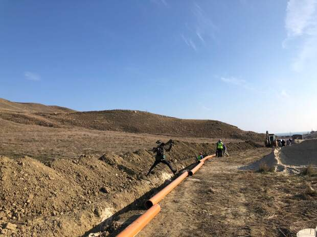 В Коктебеле начали строить канализационный коллектор и очистные