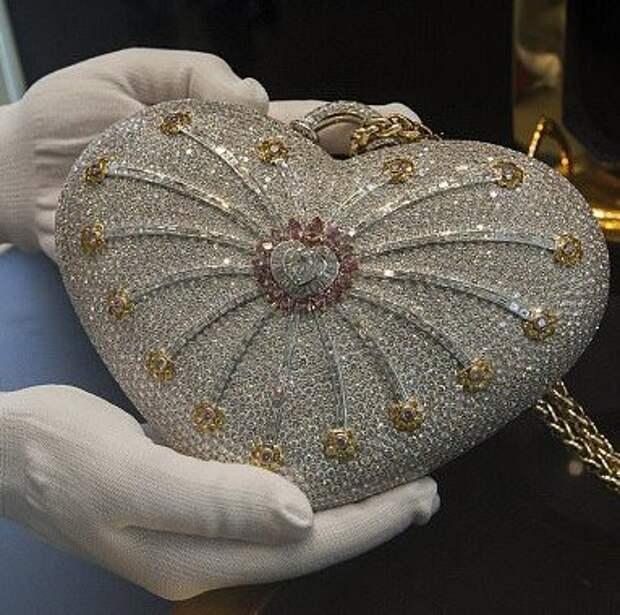 Самая дорогая в мире дамская сумочка (фото)