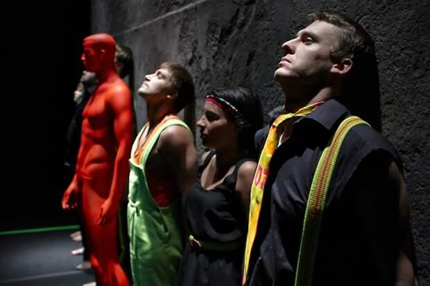 Спектакли Театра Наций будут показаны на платформе OKKO
