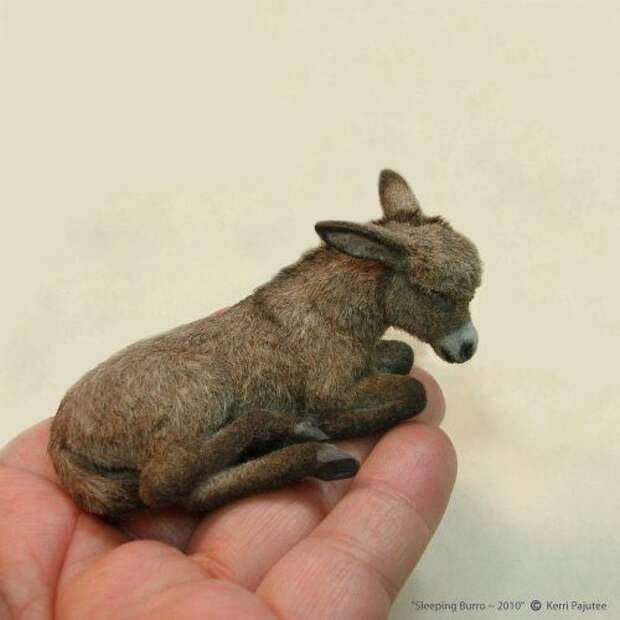 Миниатюрные скульптуры животных