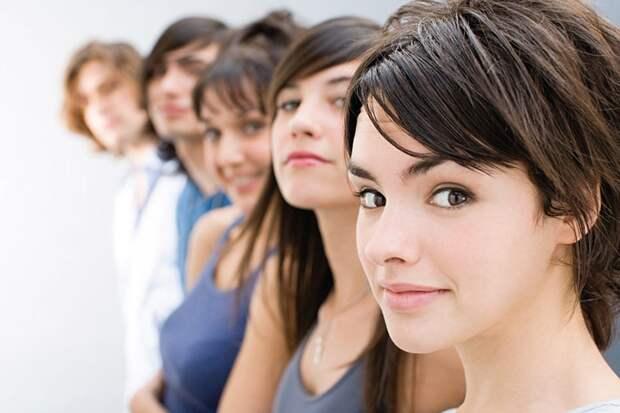 Для женщин моложе 44 лет, выше 155 сантиметров