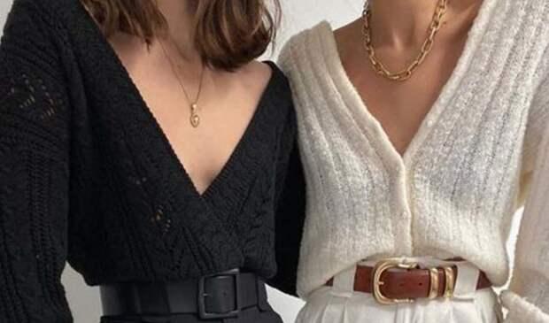 две девушки в черной и белой кофте