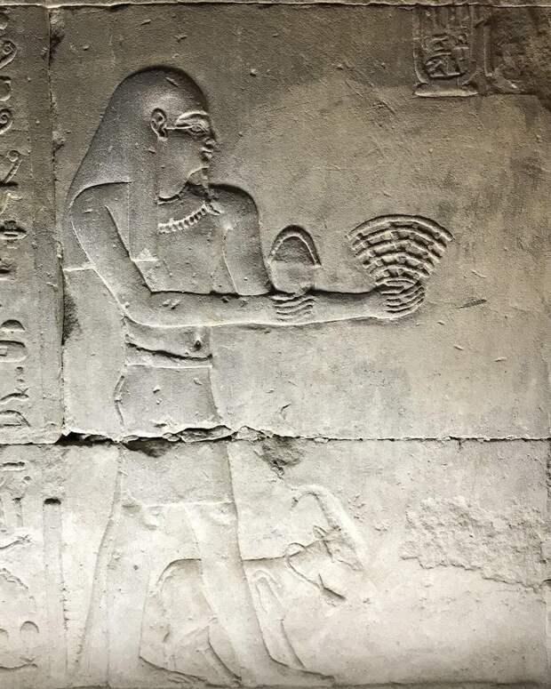 Раздача Wi-Fi. в древнем Египте.